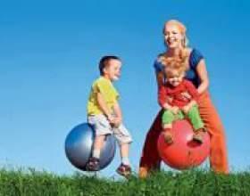 Чим розважити дитину влітку фото