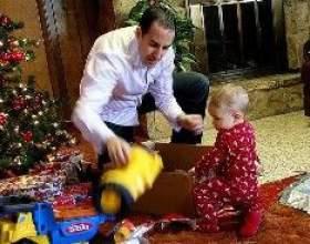 Що подарувати дитині на новий рік. Ідеї подарунків фото