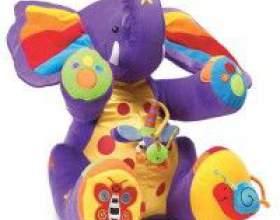 М`яка іграшка для малюка фото