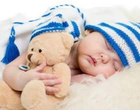Перші іграшки: які іграшки потрібні новонародженому? фото