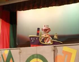 Вистава «айболит» в московському дитячому театрі тіней фото