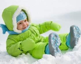 Зимові прогулянки з дитиною фото